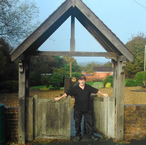 war-memorial-gates-1